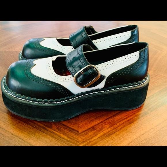 Demonia Shoes   Womens Demonin Platform